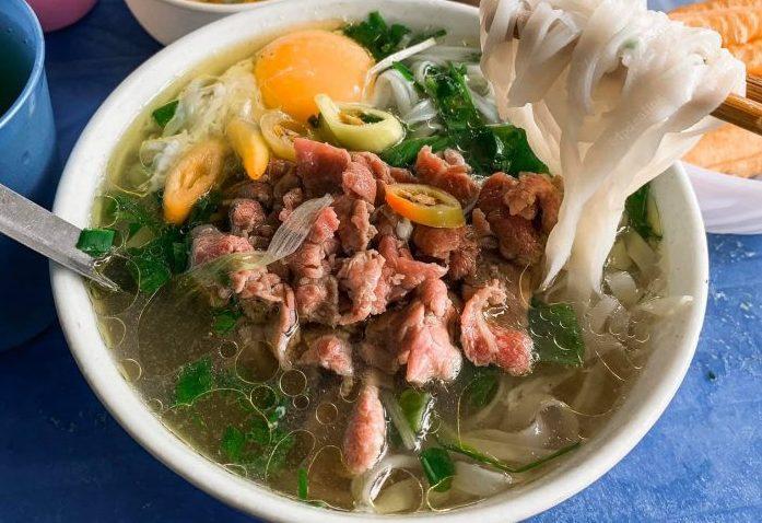 [Review] - Phở Hiền, ngã tư lớn đường Láng giao Nguyễn Chí Thanh 53