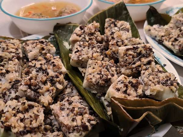 Cách làm món Bánh Bèo Hải Phòng - Tâm sự ăn tết Việt Nam 48