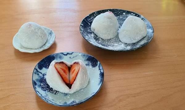 [Công Thức] Cách làm Bánh Mochi Dâu Tây 3