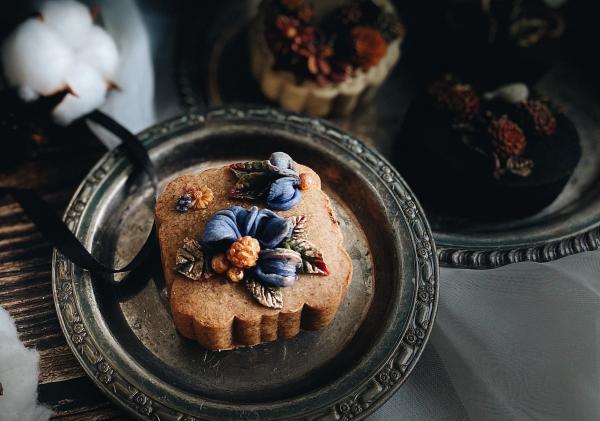Bánh Trung Thu phong cách hoa hiện đại, đẹp xuất sắc 53