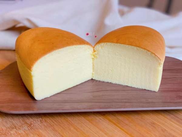 Cách làm Bánh bông lan phô mai Nhật Bản, mềm nhẹ và tan trong miệng 16