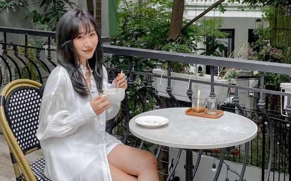[Review] - Backyard Coffee, biệt thự trắng Ngõ 41 Thái Hà 34