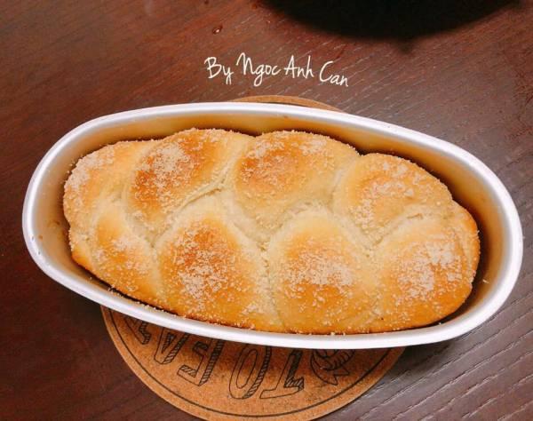 [Công Thức] Cách làm Bánh mì sữa Nhật Bản siêu mềm thơm, nhồi tay nhanh, dễ 2