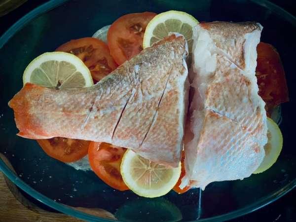 Cách làm Cá Nướng Chanh Cà chua nhanh gọn lẹ 2