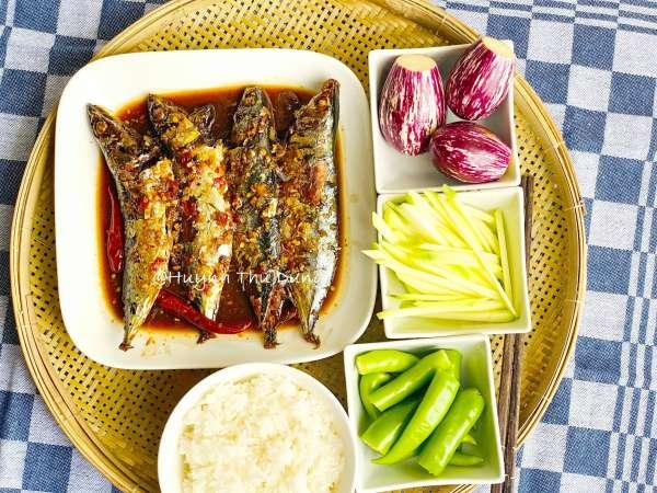 Công Thức Cá kho tộ với thịt ba rọi cực chất lừ 7