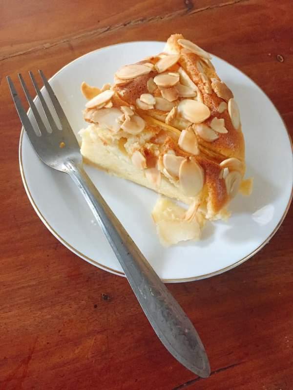 [Công Thức] Cách làm Bánh Gato Sữa Chua Táo 5