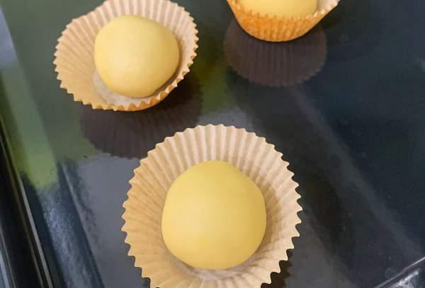 Cách làm Bánh Nướng Ngàn Lớp nhân Custard trứng muối 6