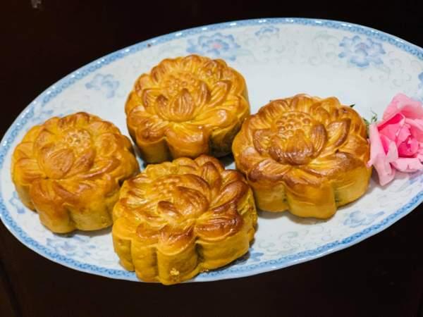 Cách làm Bánh Trung Thu nướng thập cẩm ngon 4