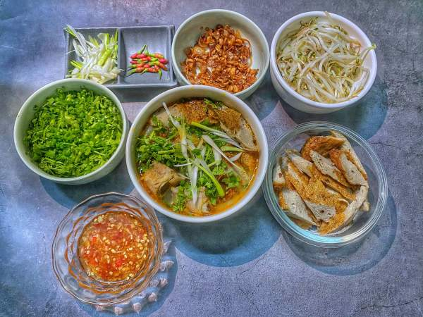 Cách làm Bánh canh chả cá Nha Trang 3