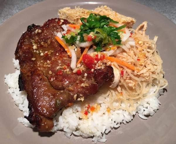 Cách làm Cơm tấm, Sườn nướng, đặc sản ngon tuyệt của Sài Gòn 3