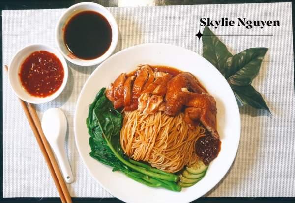 [Công Thức] Cách làm Soya Sauce Chicken Noodles 3