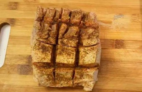 [Công Thức] Cách làm Thịt Heo Quay giòn rụm với nồi chiên không dầu 7