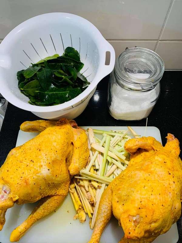Cách làm gà hấp muối ngon chất lượng 2