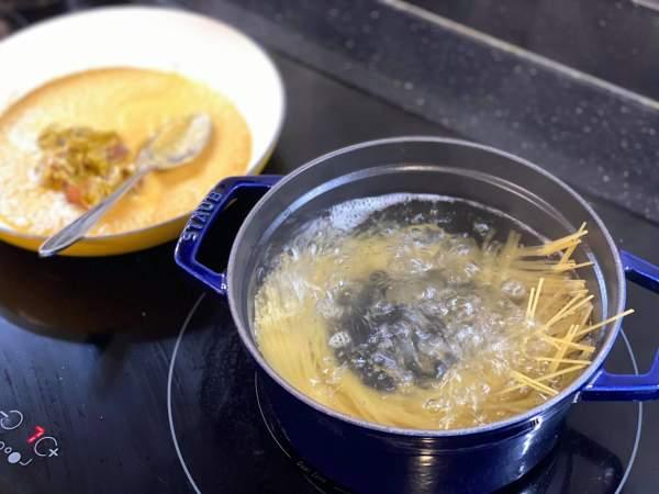 [Công Thức] Cách chế biến nước Xốt mì cua 4P 6
