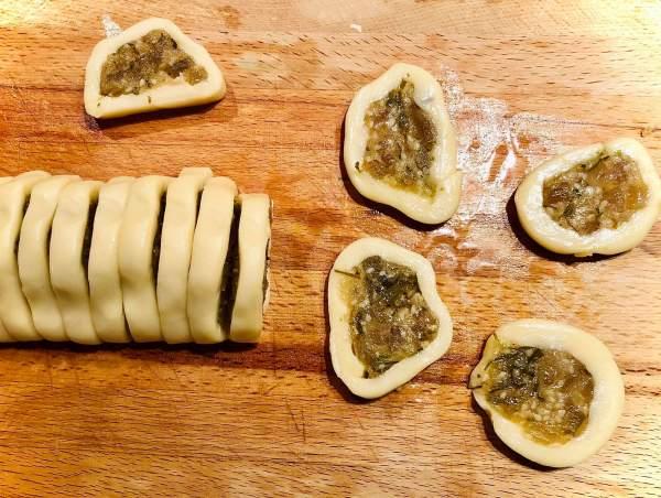 [Công Thức] Cách làm Bánh chả lá chanh 2