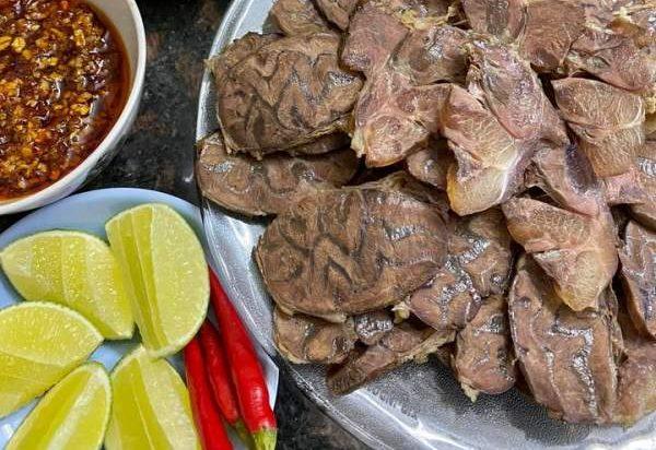 [Công Thức] Cách nấu món bún bò giò heo ngon cực chất 10