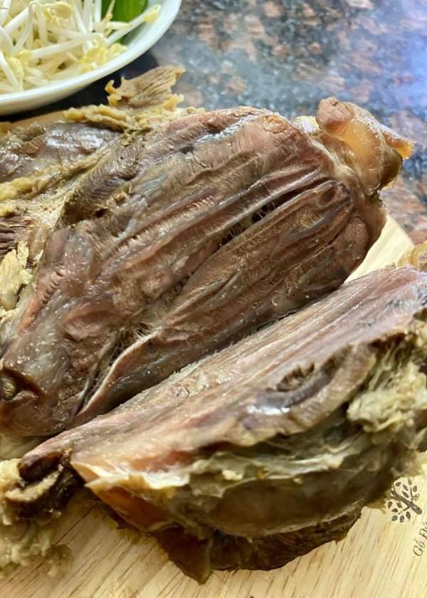 [Công Thức] Cách nấu món bún bò giò heo ngon cực chất 3