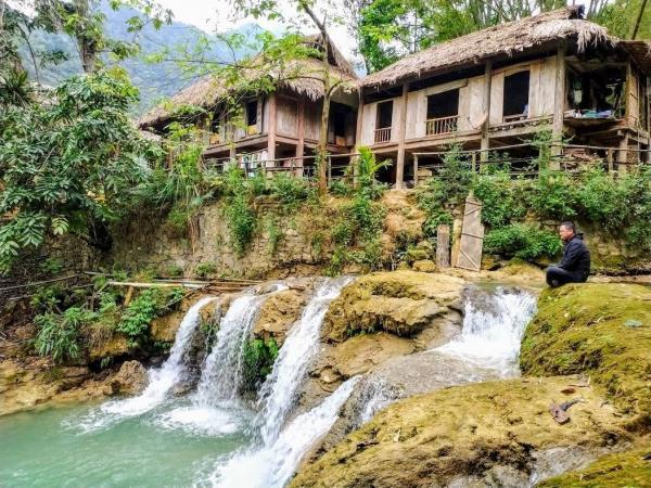 Du Lịch khu bảo tồn thiên nhiên Ngọc Sơn - Ngổ Luông, xã Tự Do, huyện Lạc Sơn, Hòa Bình 5