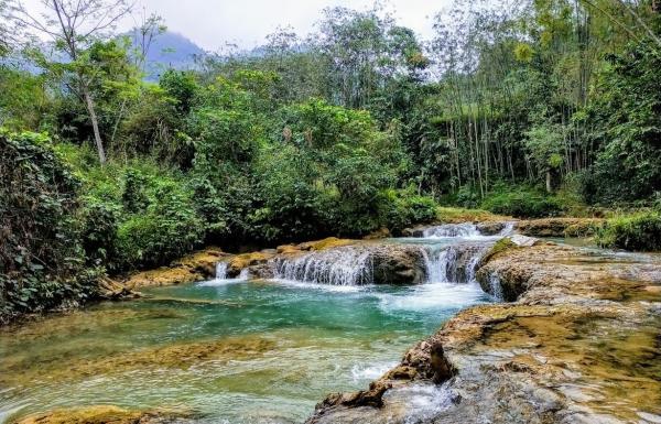 Du Lịch khu bảo tồn thiên nhiên Ngọc Sơn - Ngổ Luông, xã Tự Do, huyện Lạc Sơn, Hòa Bình 6