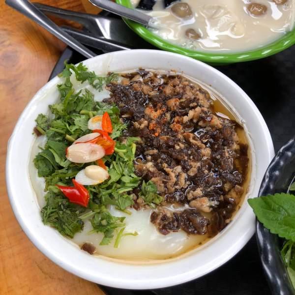 [Review] - Hàng Bánh Đúc Ngon Trương Định, nóng hổi đậm đà 2
