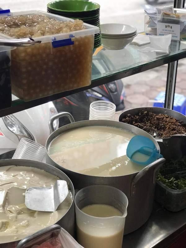 [Review] - Hàng Bánh Đúc Ngon Trương Định, nóng hổi đậm đà 4