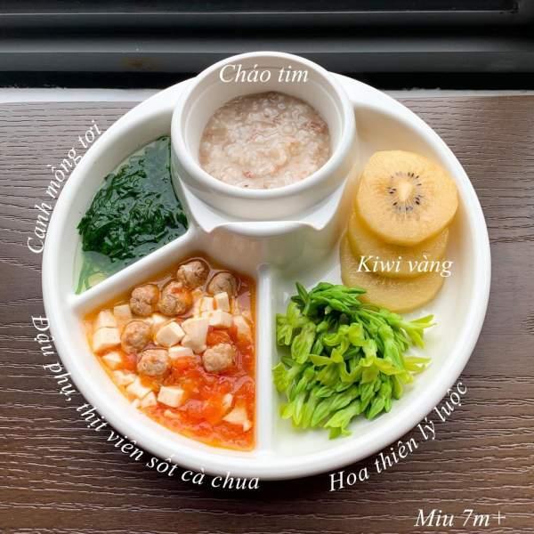 Hành trình ăn dặm bé 6 tháng tuổi - Các món ăn dặm bé ăn ngon 7