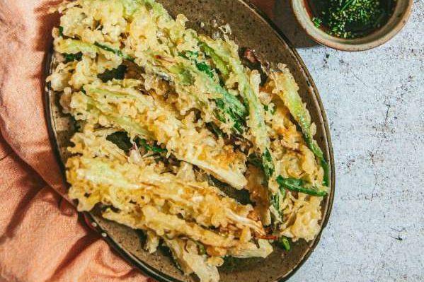Cách làm Món cơm nắm cá và tempura rau củ 59