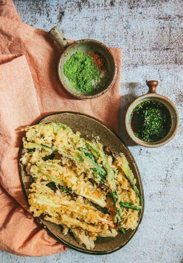 Cách làm Món cơm nắm cá và tempura rau củ 4