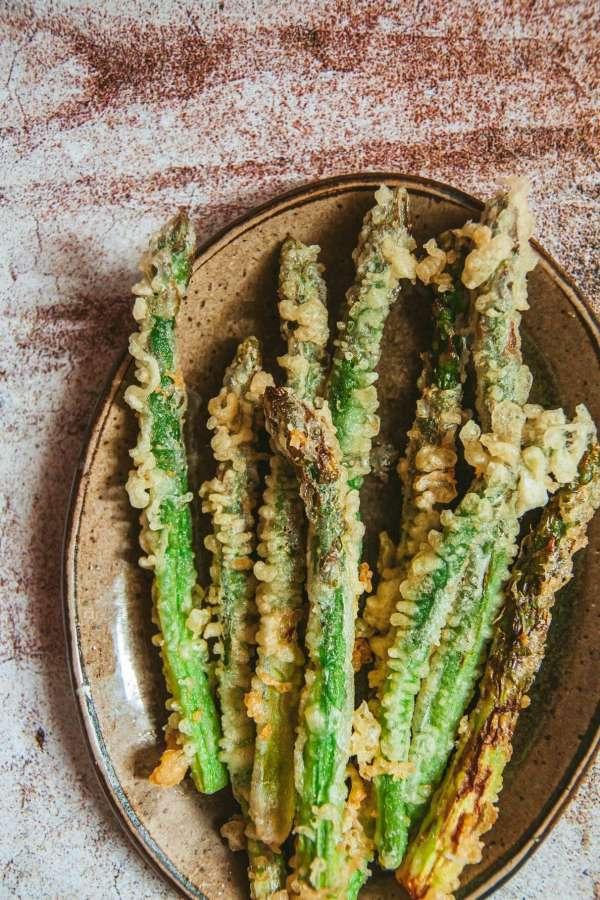 Cách làm Món cơm nắm cá và tempura rau củ 5