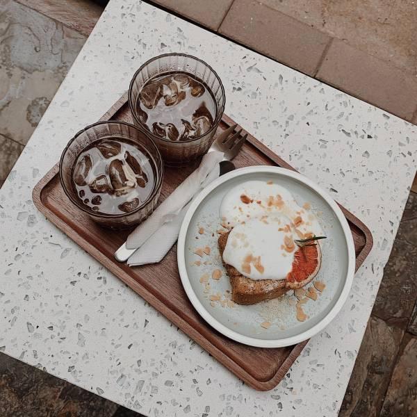[Review] - Moo cafe, ,ngõ 4C Đặng Văn Ngữ 2