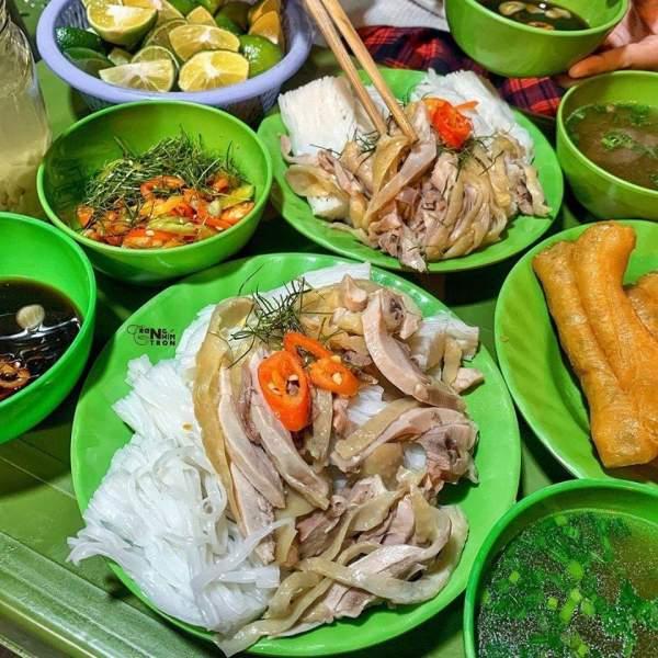 Địa điểm ăn PHỞ GÀ, MỲ GÀ, XÔI GÀ ngon Hà Nội 3