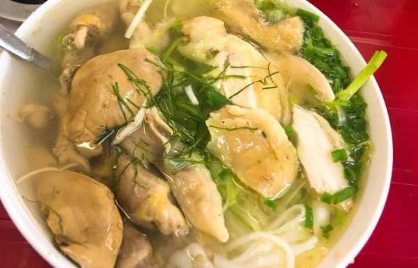 Phở gà, Phở Tiến - 50 Nguyễn Trường Tộ