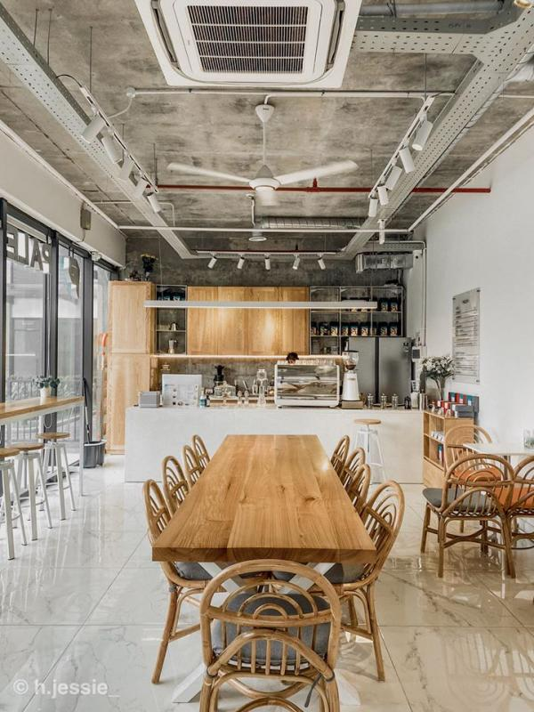 [Review Paleta Cafe] - QUÁN CAFE TONE TRẮNG XÁM Ở MINH KHAI 4