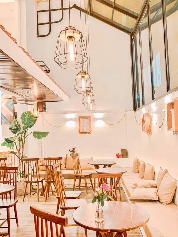 OROMIA COFFEE & LOUNGE - Quán Cafe Sống Ảo Mùa Noel Đây ĂĂ 2