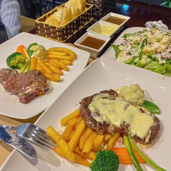 [Review] - Địa điểm hẹn hò đẹp - The Galleon Dining Lounge - Ngõ 36 Giang Văn Minh 4