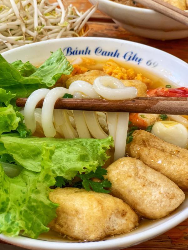 [Review] - BÁNH CANH GHẸ 69 - Ô Chợ Dừa 3