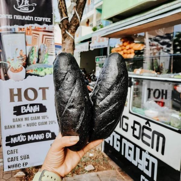 [Review] -  Bánh mì Đen, Hoàng Phát 137 Phan Đình Phùng - Phú Nhuận 3