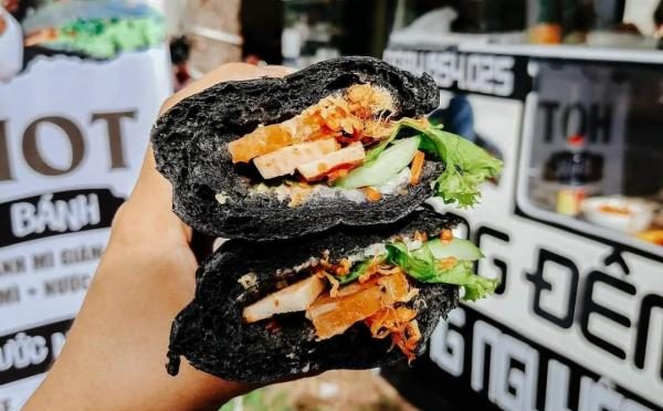 [Review] -  Bánh mì Đen, Hoàng Phát 137 Phan Đình Phùng - Phú Nhuận 1