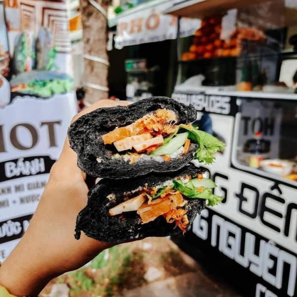 [Review] -  Bánh mì Đen, Hoàng Phát 137 Phan Đình Phùng - Phú Nhuận 4