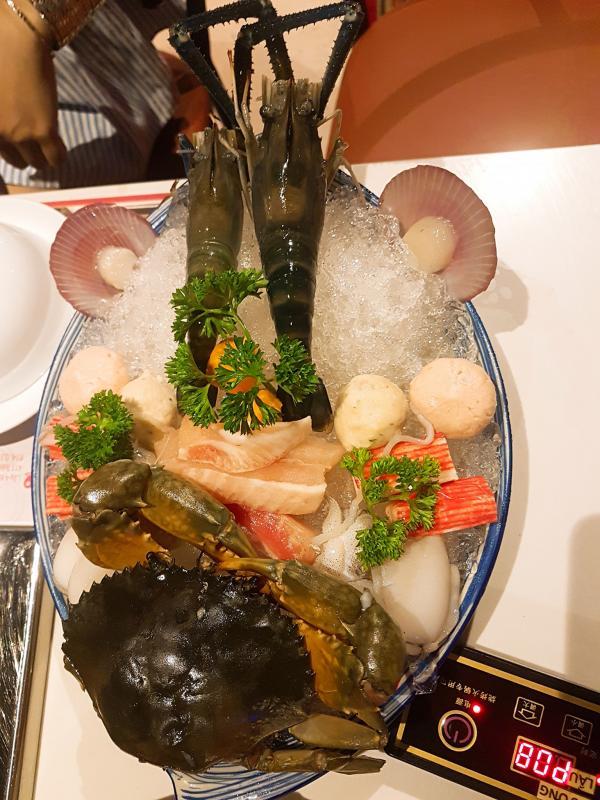 [Review] - Buffet vị macao nướng + lẩu -Sik Dak Food 411 Trần Hưng Đạo, Q5 2