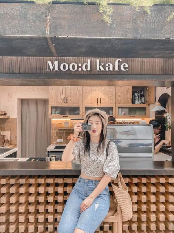 [Review Cafe Đặng Văn Ngữ] - Moo:d kafe, tone gỗ trầm ấm, xinh xắn 5