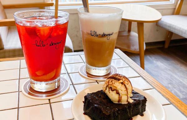 [Review] - Hello Stranger, 33B Phạm Ngũ Lão, cafe rộng rãi yên tĩnh 55