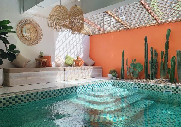 [Review] - Cafe/bể bơi/khách sạn Vintage, Chụp ảnh sống ảo tuyệt đẹp 9