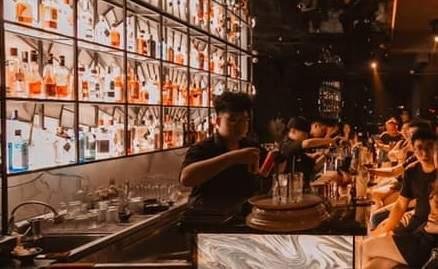 [Review] - Stella Lounge - Quán Rượu bao trọn View hồ Trúc Bạch 57