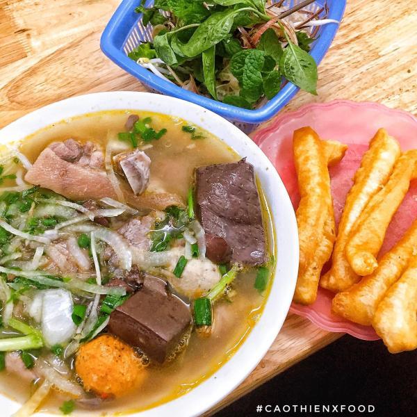 [Review] - Tổng hợp các quán Bún Bò ngon ở Hà Nội 6