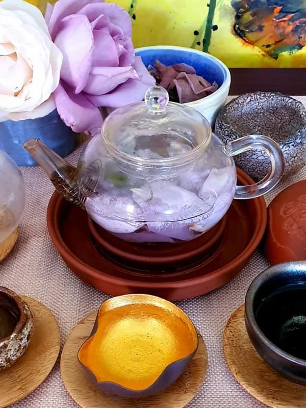 Tự ướp trà với hoa hồng vườn nhà 5