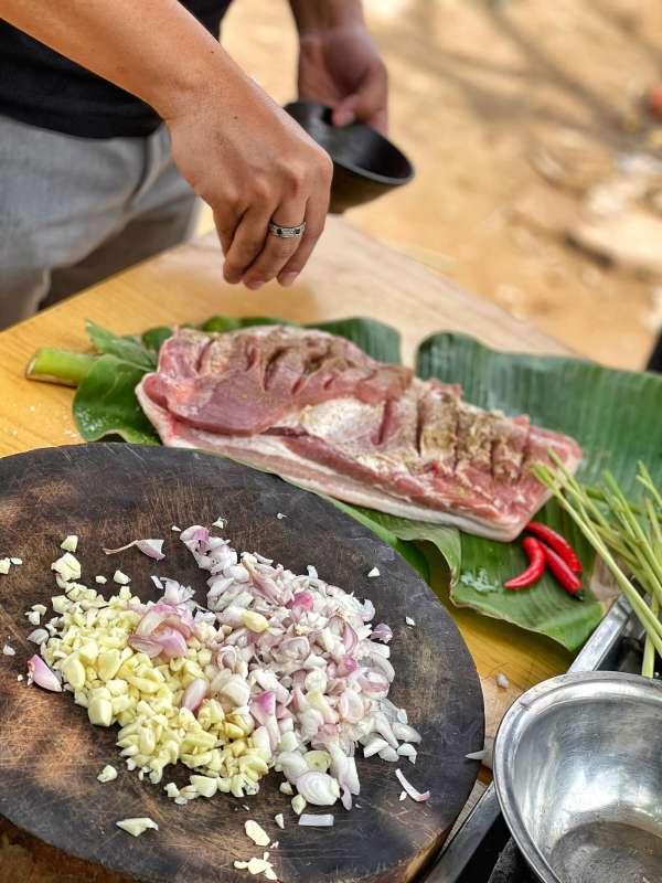 Thịt Lợn Cuộn Quay Ngũ Vị - Nướng 1 cây Ba chỉ ngon cực đã 7