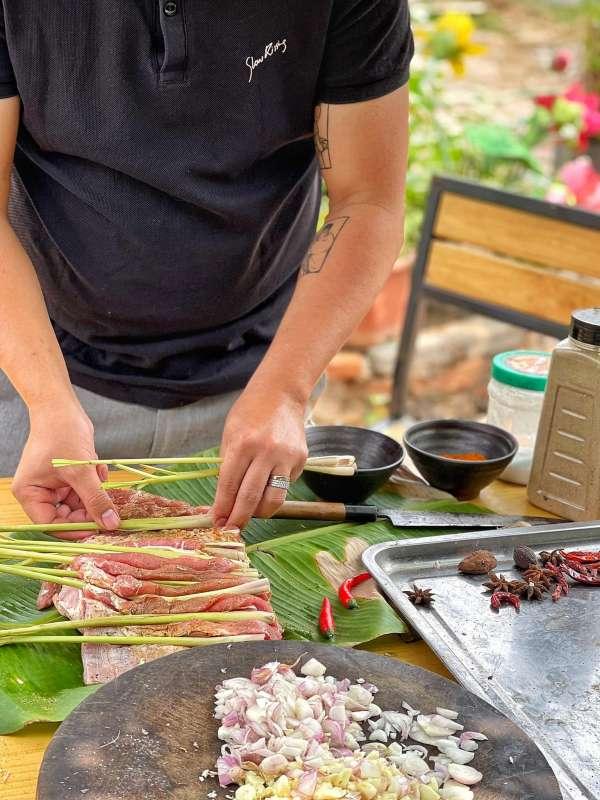 Thịt Lợn Cuộn Quay Ngũ Vị - Nướng 1 cây Ba chỉ ngon cực đã 8
