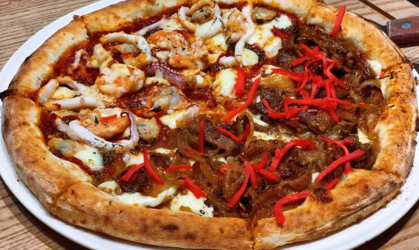 Trải nghiệm ăn Pizza 4p