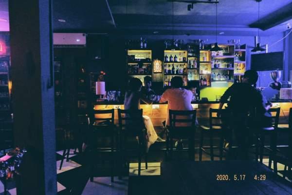 [Review] - Ashtray Coffee, Bar nhỏ trong ngõ 170 Hoàng Ngân 8